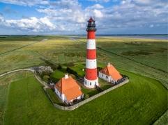Leuchtturm_in_Westerheversand